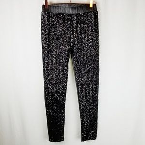 Black sequin front leggings size medium